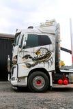 Volvo FH16 wyróbki ciężarówka z Ponsse skorpionem Zdjęcia Stock