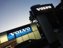 Volvo-het autohandel drijven royalty-vrije stock fotografie