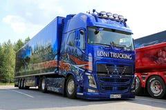 Volvo toont Vrachtwagen van Loni Gmbh in Finland Stock Fotografie