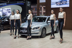 Volvo V60 T5 sporta furgon elektryczni hybrydowi systemy samochodowi Fotografia Royalty Free