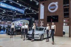 Volvo V60 T5 sportvagn en bil bensin-elkraft för hybrid- system Arkivbild