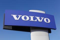 Volvo-Zeichen auf einer Platte Lizenzfreies Stockbild