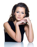 Volwassen sensualiteit mooie donkerbruine vrouw Royalty-vrije Stock Afbeelding