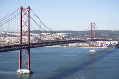 25. von April Bridge Lizenzfreie Stockbilder