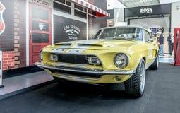 Von Ausstellung von seltenen Autos 40-70 Jahren vor vom 20. Jahrhundert Lizenzfreie Stockfotos
