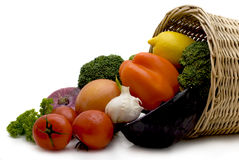 Von dem Korb Gemüse Stockbilder