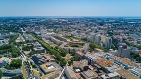 Von der Luft Draufsicht von Montpellier-Stadtskylinen von oben, Süd-Frankreich lizenzfreie stockfotografie