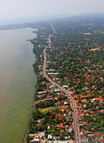Von der Luftdraufsicht-dröhnende moderne Tropeninsel Colombo Sri Lanka Lizenzfreie Stockfotografie