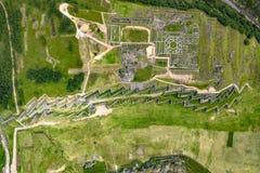 Von der Luftdraufsicht der Inkaruinen von Sacsayhuaman stockfotos