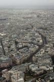 Von Eiffelturm zu Triumphbogen Stockbild