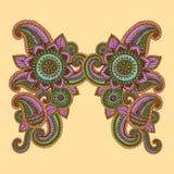 Von Hand gezeichnetes Henna Mehndi Abstract Mandala Flowers- und Paisley-Gekritzel Stockfoto