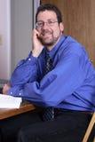 Von mittlerem Alter Mannlächeln Lizenzfreies Stockfoto