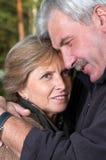 Von mittlerem Alter Paarportrait Stockfotos