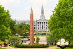 Von Staat Colorado-Kapitol zu Stadt-und Grafschafts-Gebäude Stockfotos