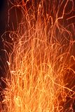 Vonken van vlam Sterke brand Vurige tekening stock fotografie