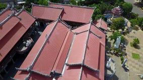 Voo aéreo da metragem do zangão sobre o Tample em Vietname vídeos de arquivo
