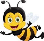 Voo bonito dos desenhos animados da abelha isolado no fundo branco Fotografia de Stock Royalty Free