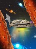 Voo da nave espacial no espaço Fotos de Stock Royalty Free