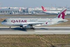 Voo de A7-AAG Catar Amiri, Airbus A320-232 Imagens de Stock Royalty Free