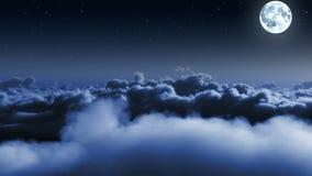 Voo de noite sobre nuvens com estrelas e lua video estoque