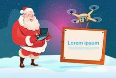 Voo de Santa Claus Hold Remove Controller Drone com espaço da cópia do quadro indicador da bandeira ilustração stock