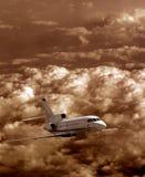 Voo do avião foto de stock
