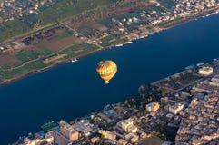 Voo do balão em Luxor, bonito imagens de stock royalty free