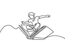 Voo pequeno do menino com o livro no céu Fotos de Stock