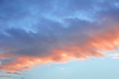 Voor de wolkenzonsondergang van de hemel Royalty-vrije Stock Fotografie