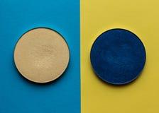 Voor samenstelling Heldere schaduw op een kleurenachtergrond Stock Fotografie