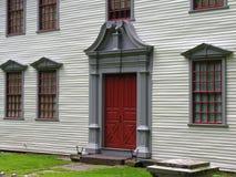 Vooraanzicht van deur en vensters. Royalty-vrije Stock Afbeeldingen