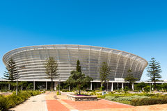Vooraanzicht van het Stadion van Cape Town op Groen Punt Stock Foto's