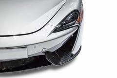 Vooraanzicht van sportwagen op witte achtergrond wordt geïsoleerd die royalty-vrije stock foto's