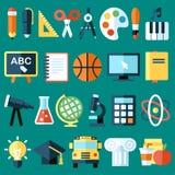 Voorbeeldenboek, pen, potlood en andere apparatuur Stock Afbeeldingen