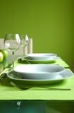 Voorbereide eettafel stock fotografie