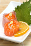 Voorbereide en heerlijke sushi die in studio worden genomen stock foto's