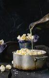 Voorbereide gezouten popcorn Royalty-vrije Stock Afbeelding