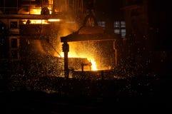 Voorbereiding van staal voor het gieten van en het maken van afgietsels Stock Afbeelding