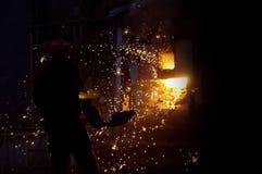 Voorbereiding van staal voor het gieten van en het maken van afgietsels Royalty-vrije Stock Afbeeldingen