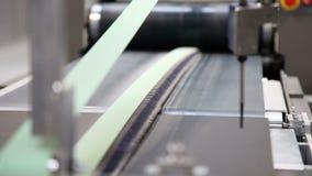 Voorbereiding voor de verpakking van kartondozen, productielijn
