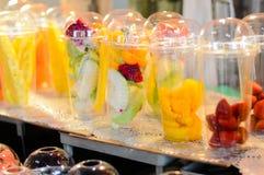 Voorbereidingen voor het maken van fruit Stock Afbeelding