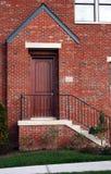 Voordeur van het Nieuwe Rijtjeshuis van de Flat Stock Foto's