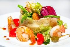 Voorgerechten, salades, eerst en tweede cursussen, soep stock afbeeldingen