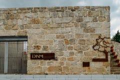 Voorgevel aan het Museum van Ontdekking in Belmonte, Portugal Belmonte is geboortestad van Nieuwe Wereldontdekkingsreiziger, Pedr stock foto