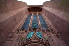 Voorgevel van de Anglicaanse Kathedraal in Liverpool - het Verenigd Koninkrijk Royalty-vrije Stock Foto