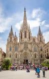 Voorgevel van de gotische kathedraal van Barcelona, in Spanje Royalty-vrije Stock Foto's