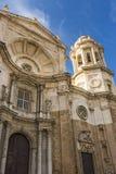 Voorgevel van de Kathedraal van Cadiz royalty-vrije stock foto
