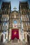Voorgevel van Heilige Joseph Cathedral, Hanoi, Vietnam. Stock Afbeeldingen