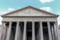 Voorgevel van het Pantheon van Agrippa in Rome royalty-vrije stock afbeelding