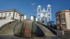 Voorgevel van kerk in Angra do Heroismo, Eiland Terceira, de Azoren stock fotografie